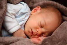 nyfødt tørr hud